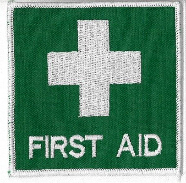 Uneedit BADGE FIRST AID CLOTH 80mm x 80mm (Sewn on)